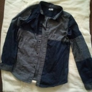 Epic threads boys size large button up shirt